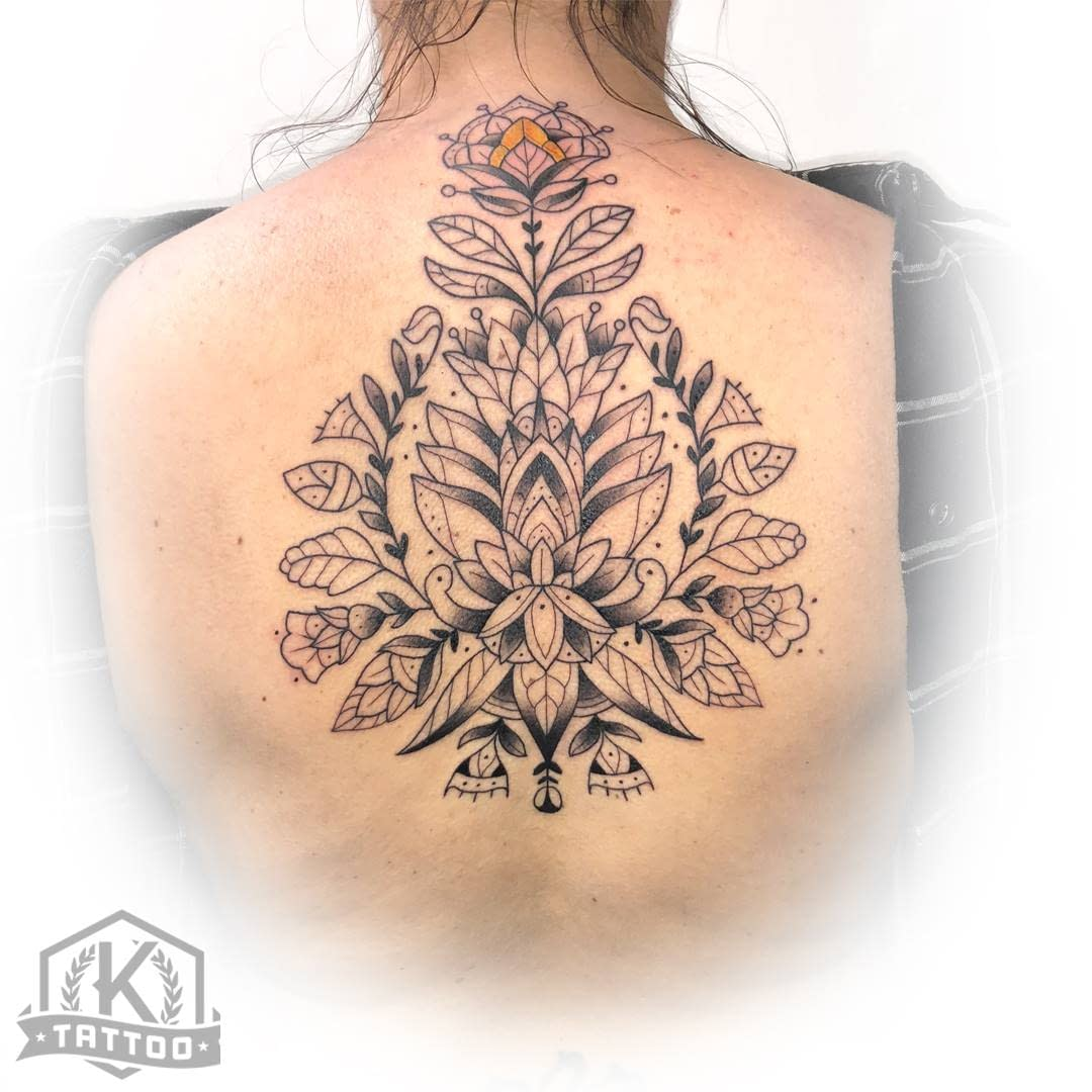 blackandgrey_mandala_on_back_oct29