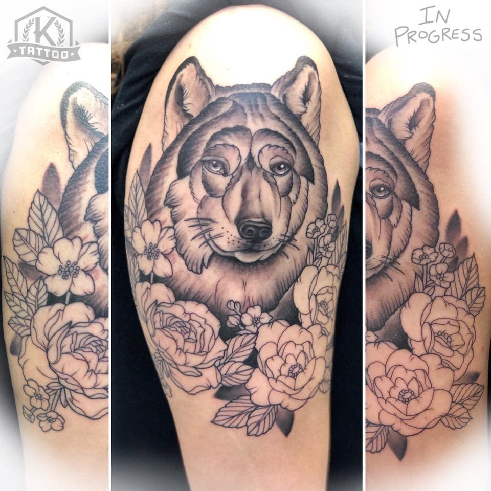 inprogress_wolf_flowers_