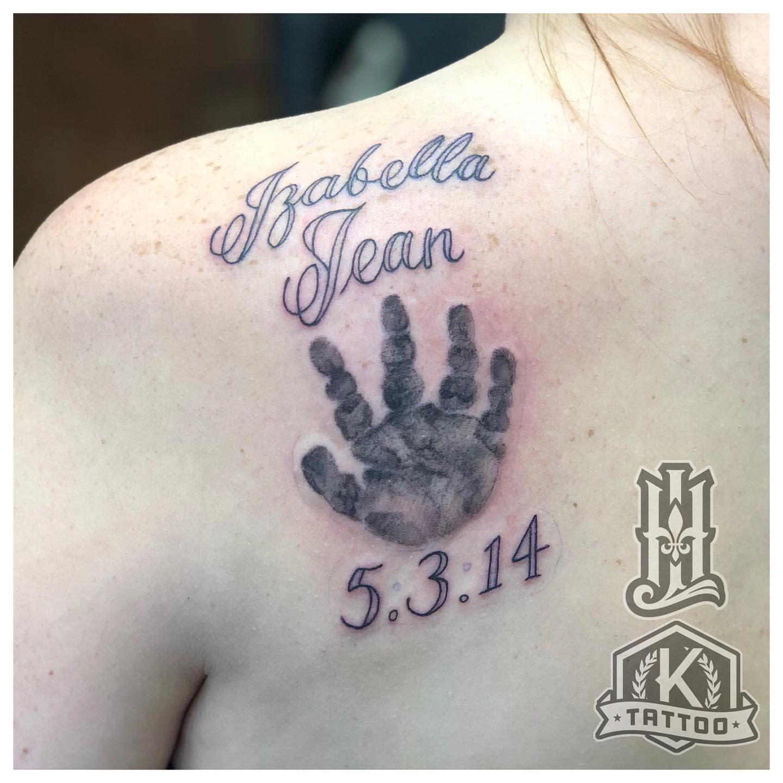 lettering_Izabella_Jean_handprint
